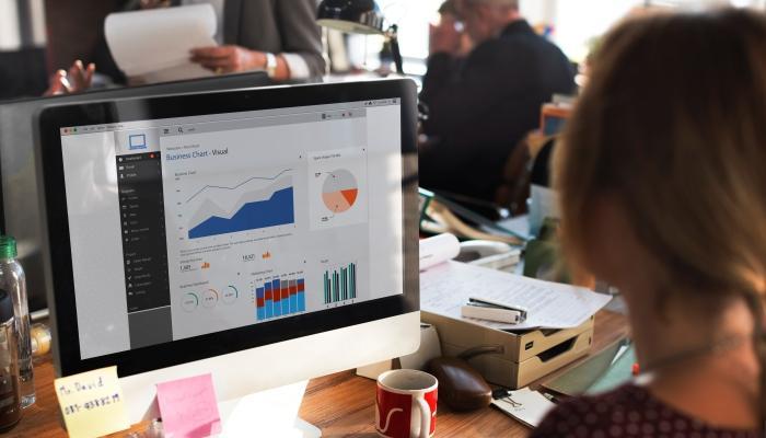 Computer-data-ROI-analysis-graph-table-Copy